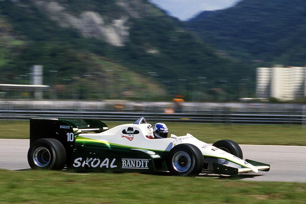 Jonathan Palmer at the wheel of a RAM 02.