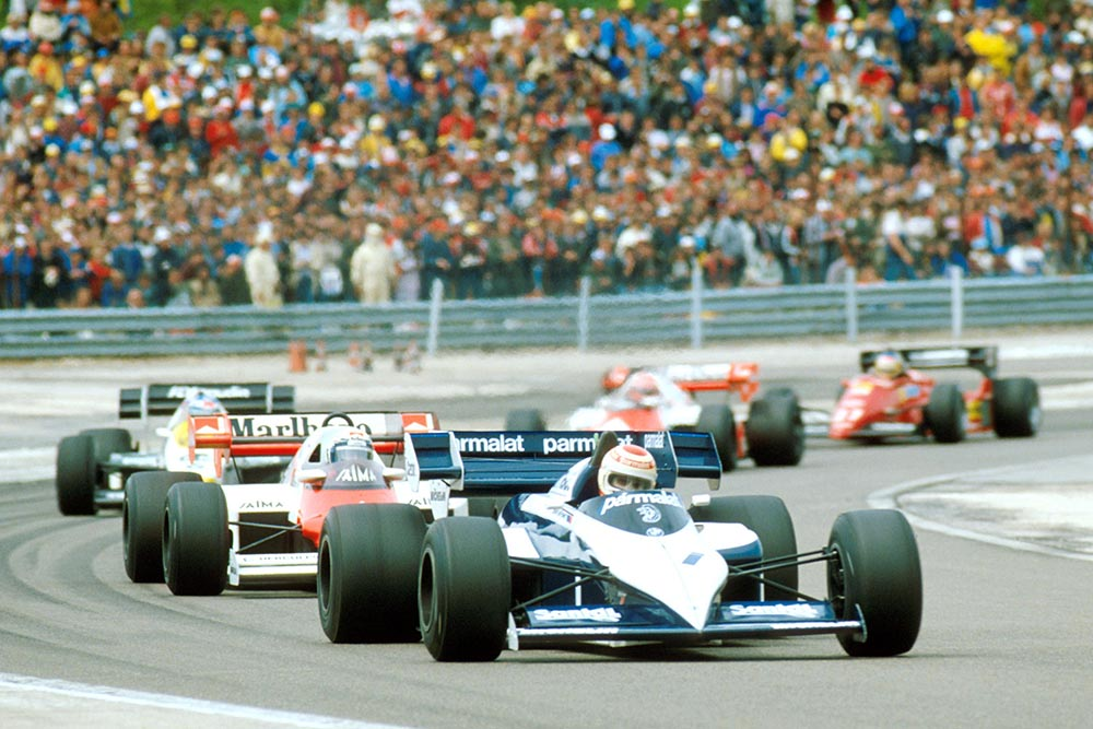 Nelson Piquet lead the pack in a Brabham BT53.