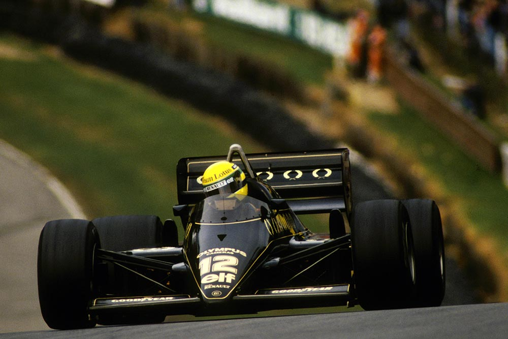 Ayrton Senna incise Lotus 97T took pole and finished second in the race.
