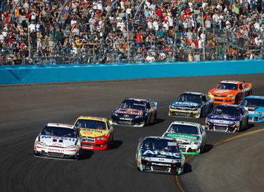 Stewart vs Edwards for NASCAR title