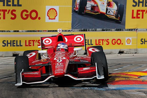 Dixon leads as Franchitti crashes