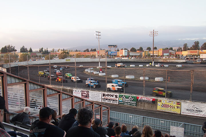 Dirt racing at Petaluma
