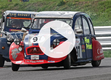Video of the 2010 Citroen 2CV 24 Hours