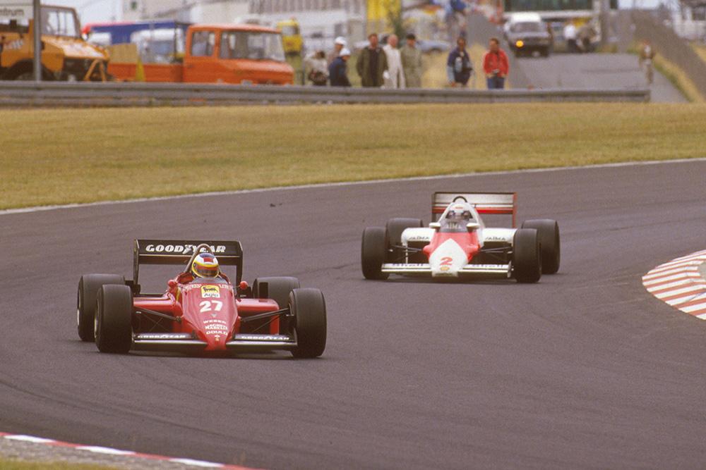 Michele Alboreto (Ferrari 156/85) leads Alain Prost (McLaren MP4/2B TAG Porsche).