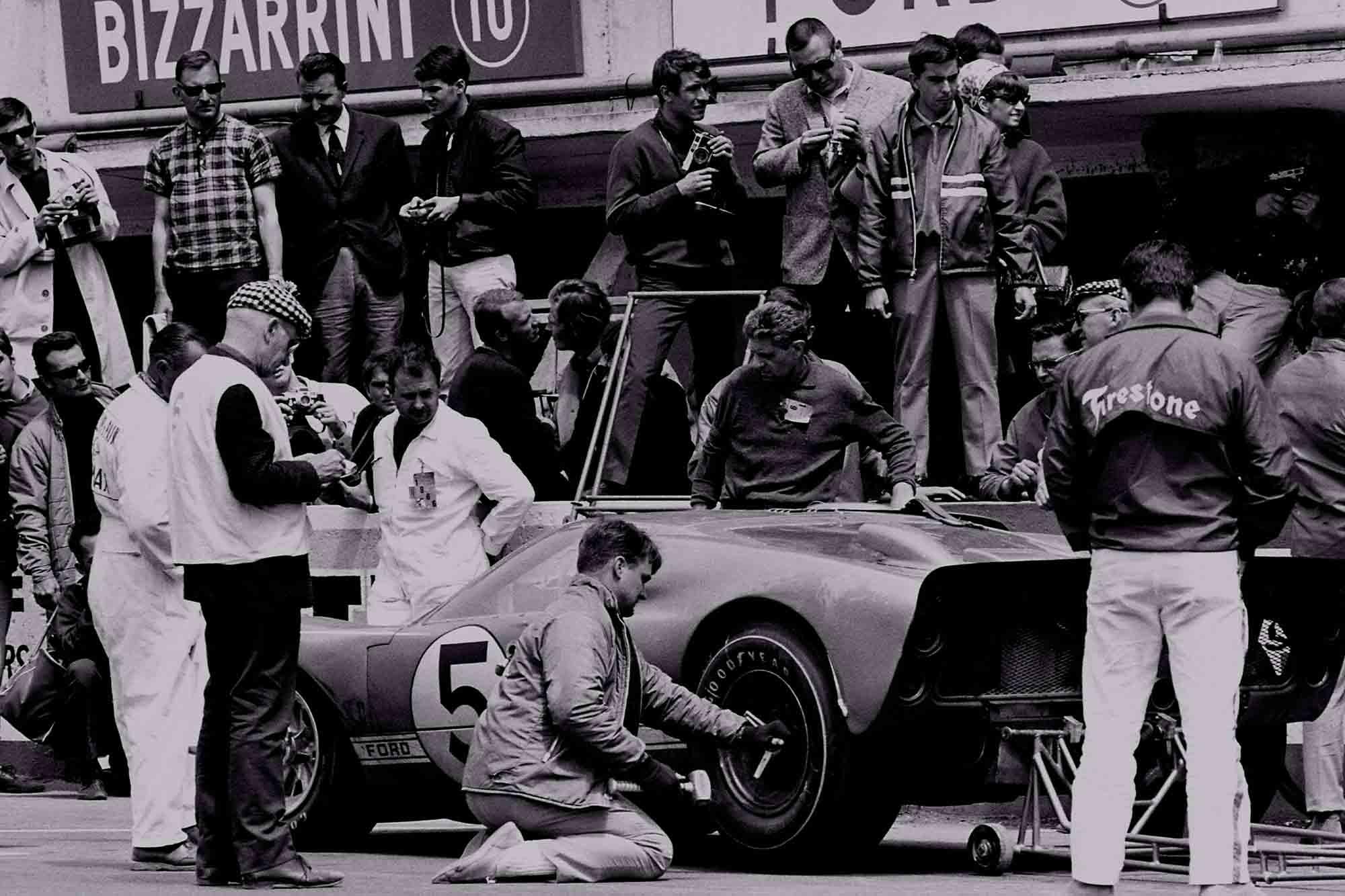 Le Mans, France. 17-18 June 1966. Ronnie Bucknum/Dick Hutcherson (Ford GT40 Mk2) oits.