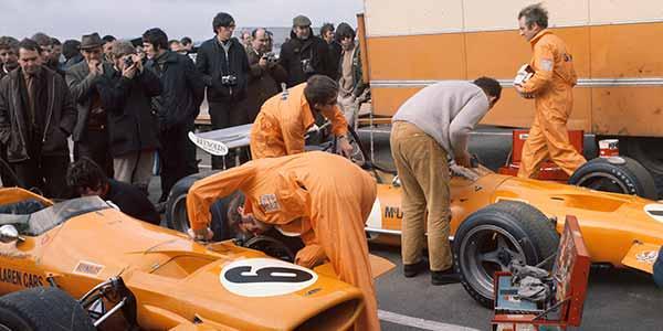 Gallery: Orange McLarens