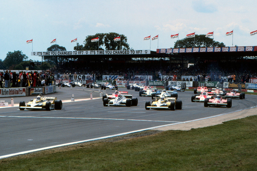 Pole sitter Rene Arnoux (Renault RE30) gets away into the lead at the start of the race.