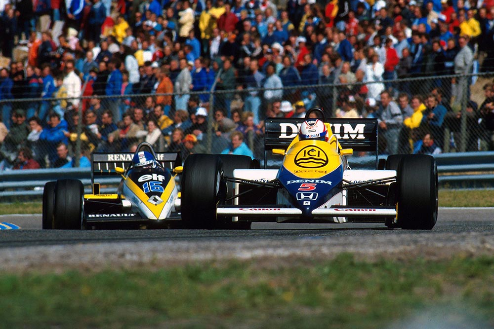 Nigel Mansell in his Williams FW10.