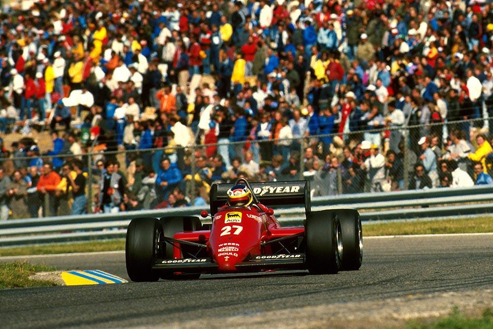 Michele Alberto driving in his Ferrari 156/85.