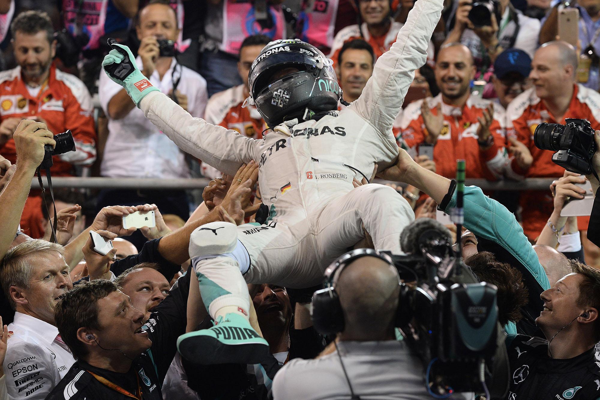 Nico Rosberg Mercedes celebrates 2016 Abu Dhabi Grand Prix