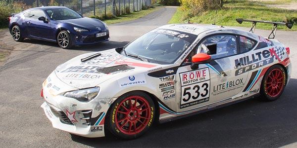 Toyota GT86: Race vs road