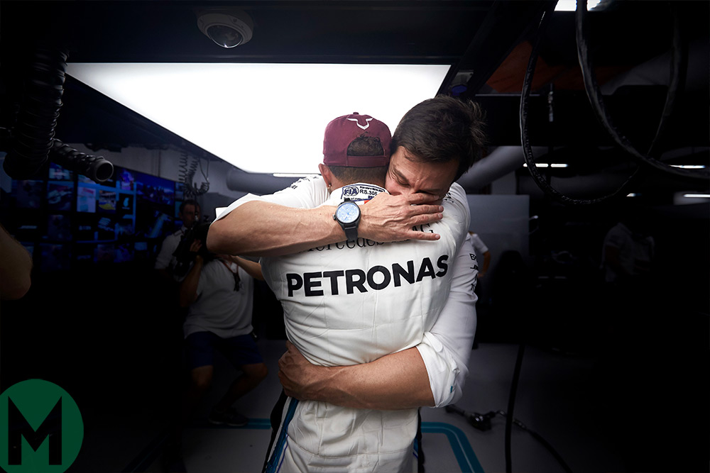 Lewis Hamilton wins 2018 F1 championship