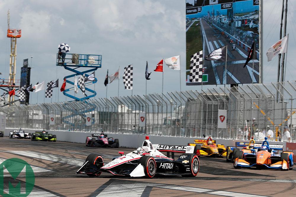 Josef Newgarden leads Scott Dixon in St Petersburg for IndyCa's 2019 season-opener
