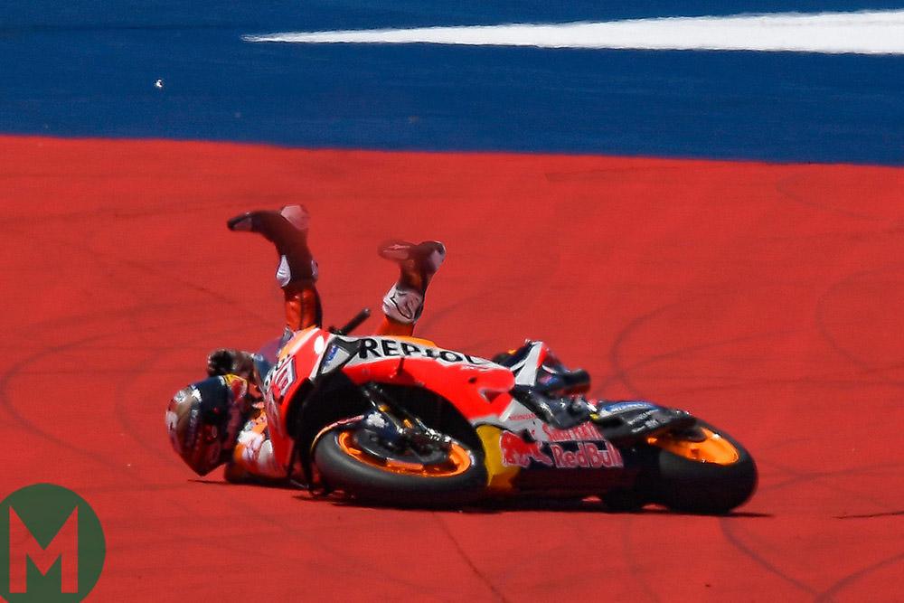 Marquez crash MotoGP 2019 COTA