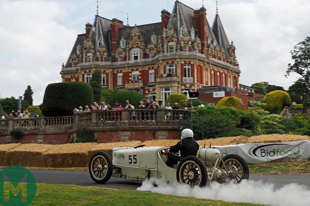 The quiet, quirky magnificence of Dr Robert Dyke's  White Whistling steam car