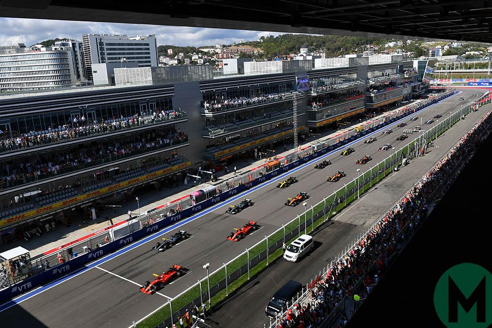 Race start at the 2019 F1 Russian Grand Prix