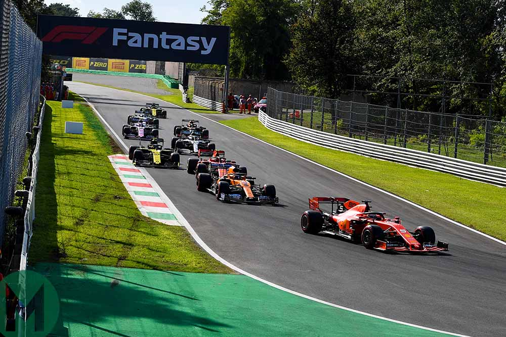 The drivers back off round Curve Grande during Q3 for the 2019 Italian Grand Prix