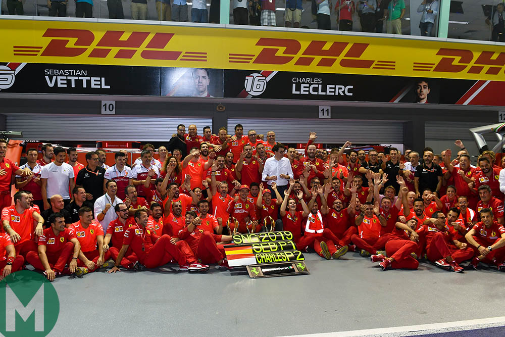 Ferrari's team group picture after winning the 2019 F1 Singapore Grand Prix