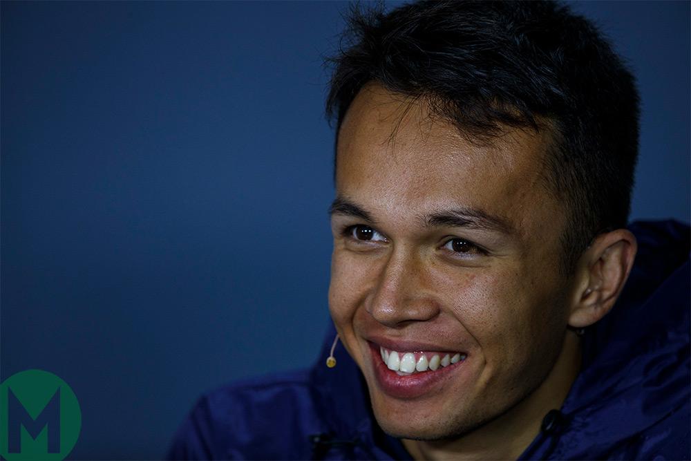 Albon splits from Nissan Formula E, joins Toro Rosso