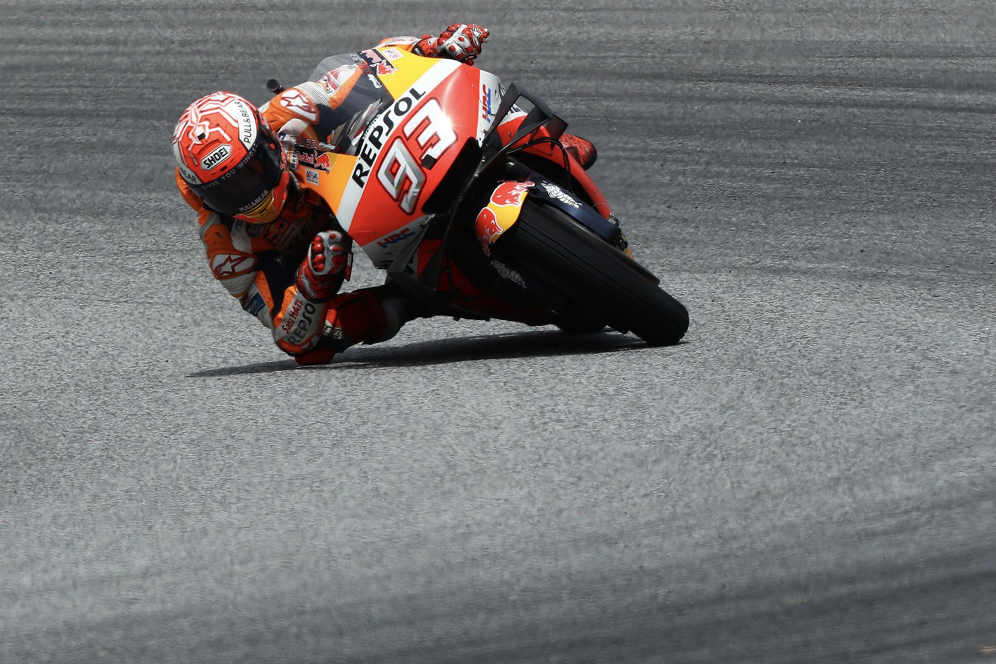 Marc Marquez cornering at the 2019 MotoGP Thailand Grand Prix