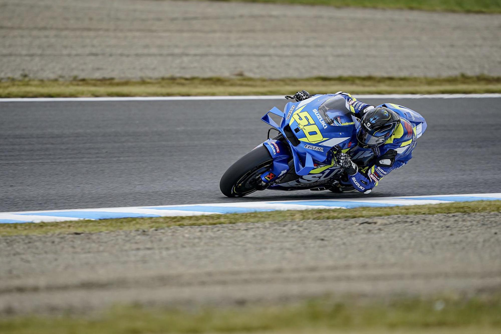 Suzuki test rider Sylvain Guintoli during practice in Motegi