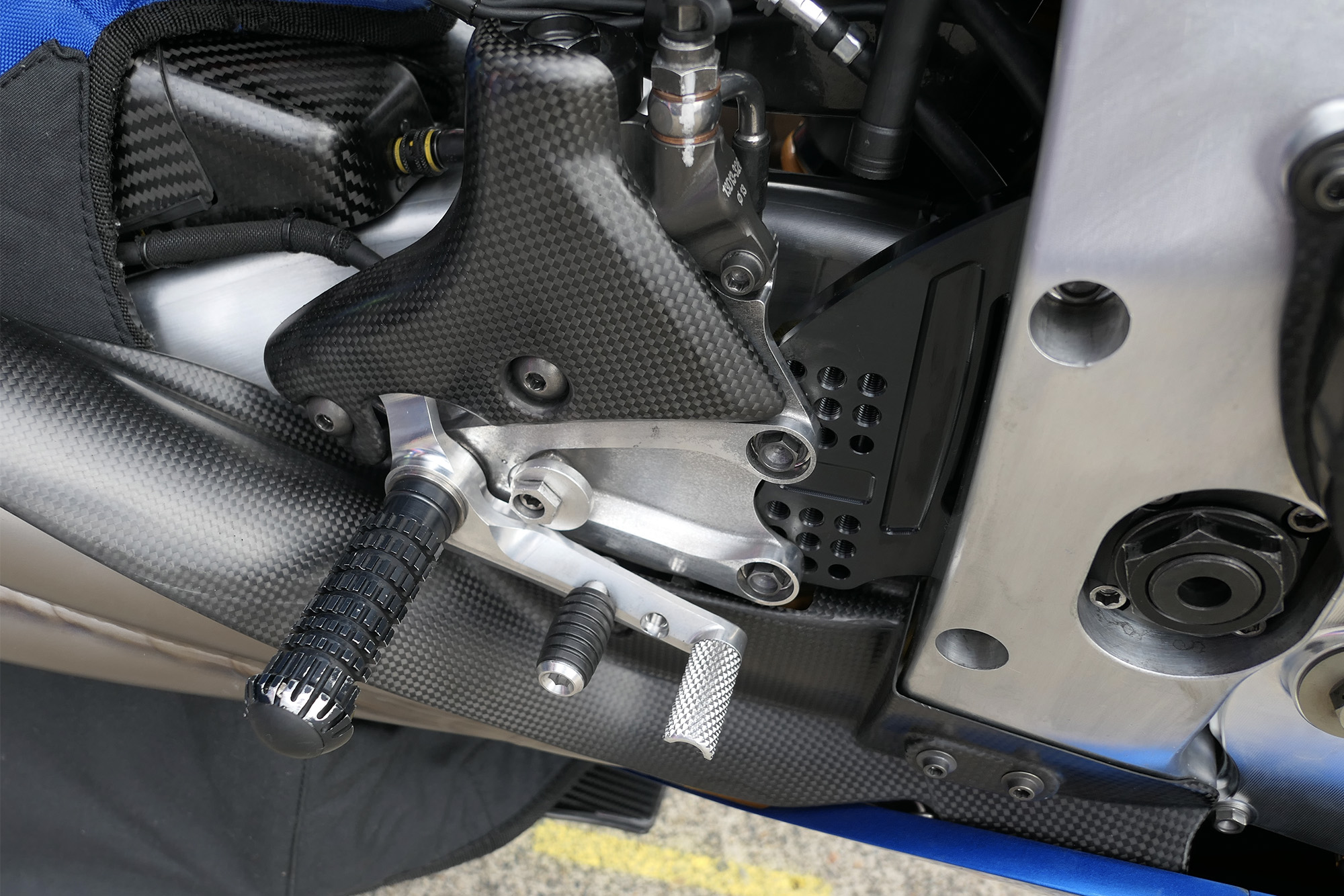 Sylvain Guintoli's dual-pedal rear brake at Motegi 2019