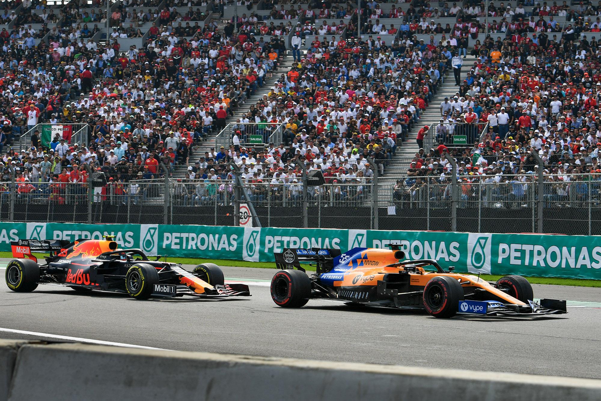 Alex Albon follows Carlos Sainz at the 2019 F1 Mexican Grand Prix