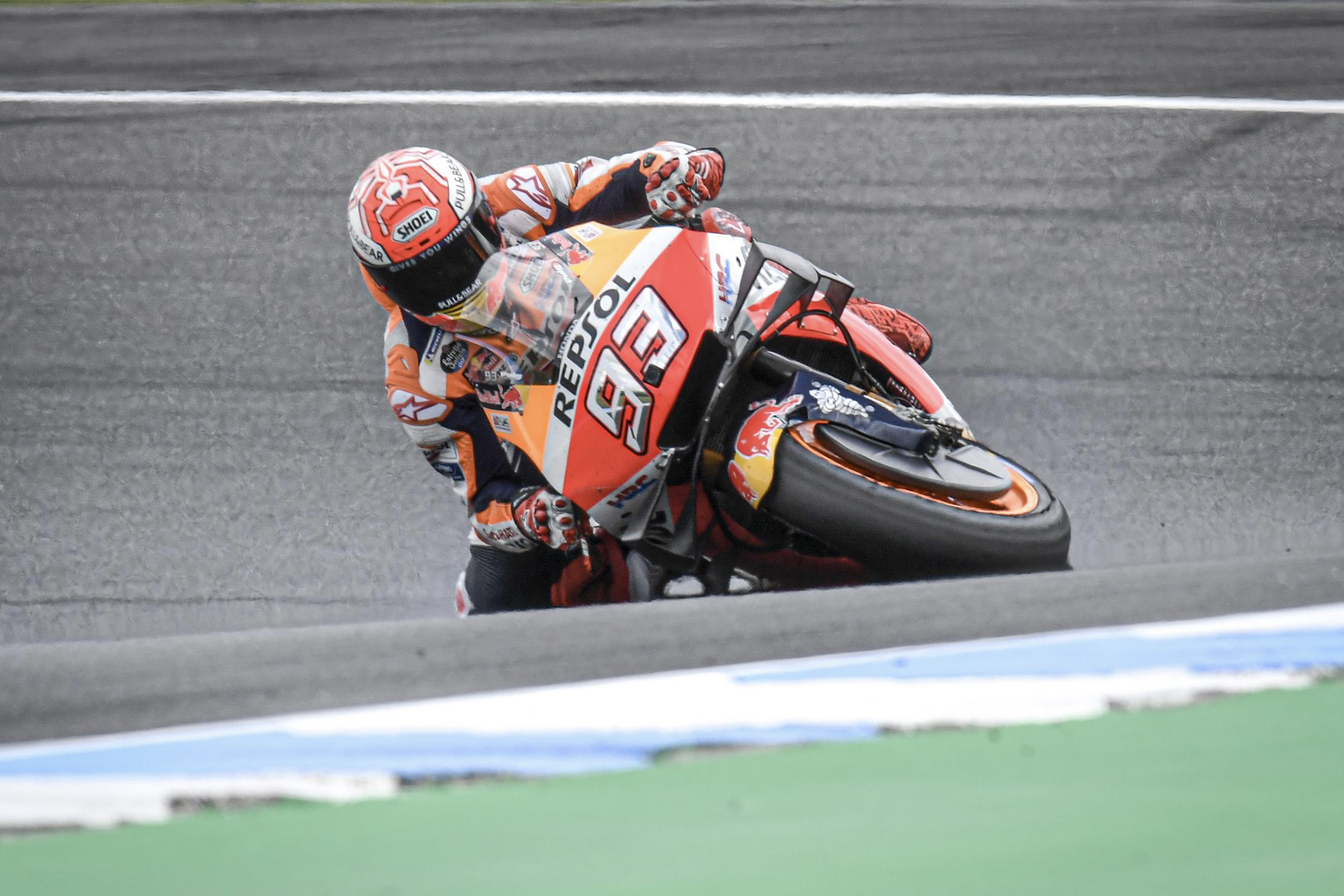 Marc Marquez saves a crash at 70 degrees of lean at Phillip Island