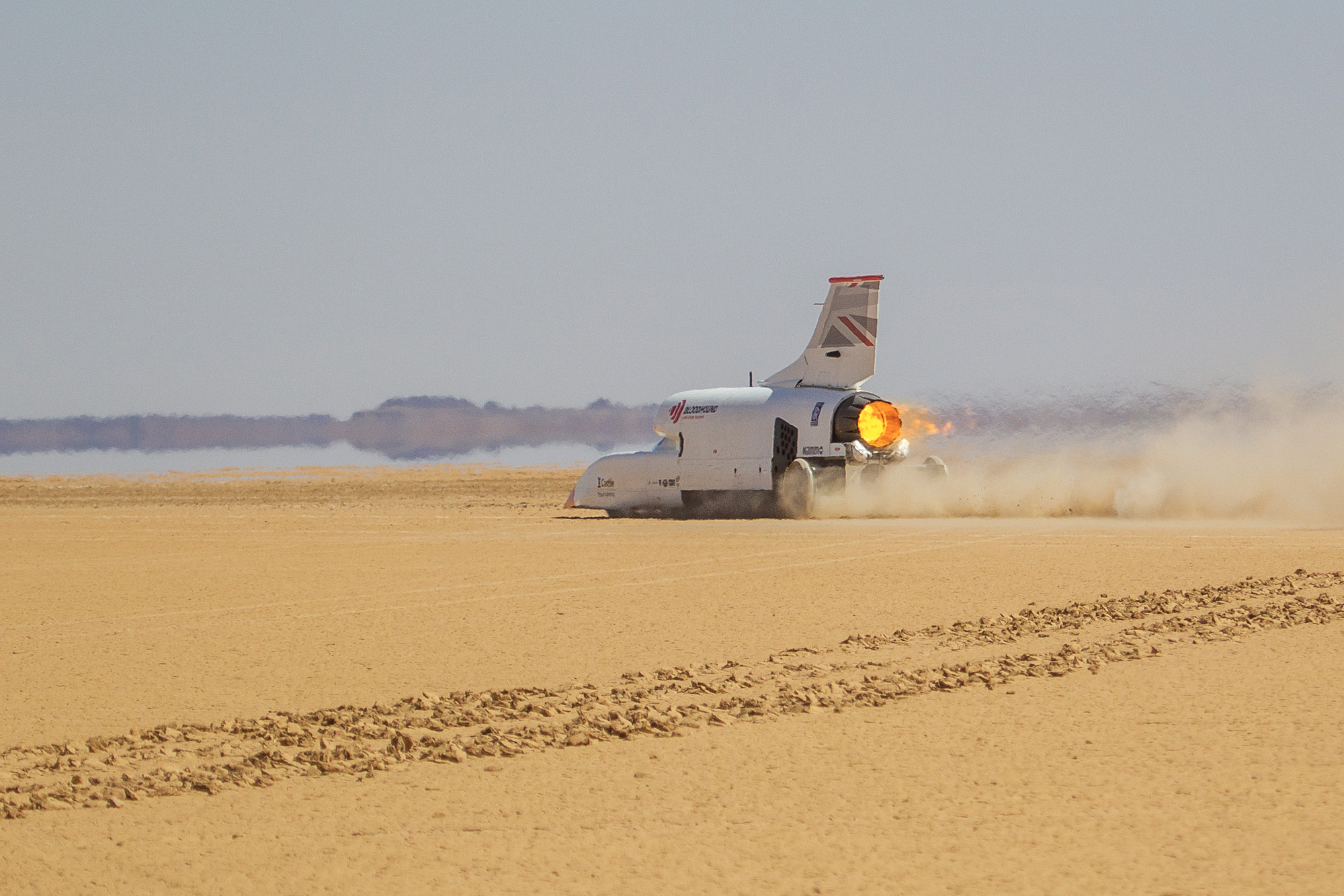 Bloodhound land speed record car tops 600mph in South Africa test