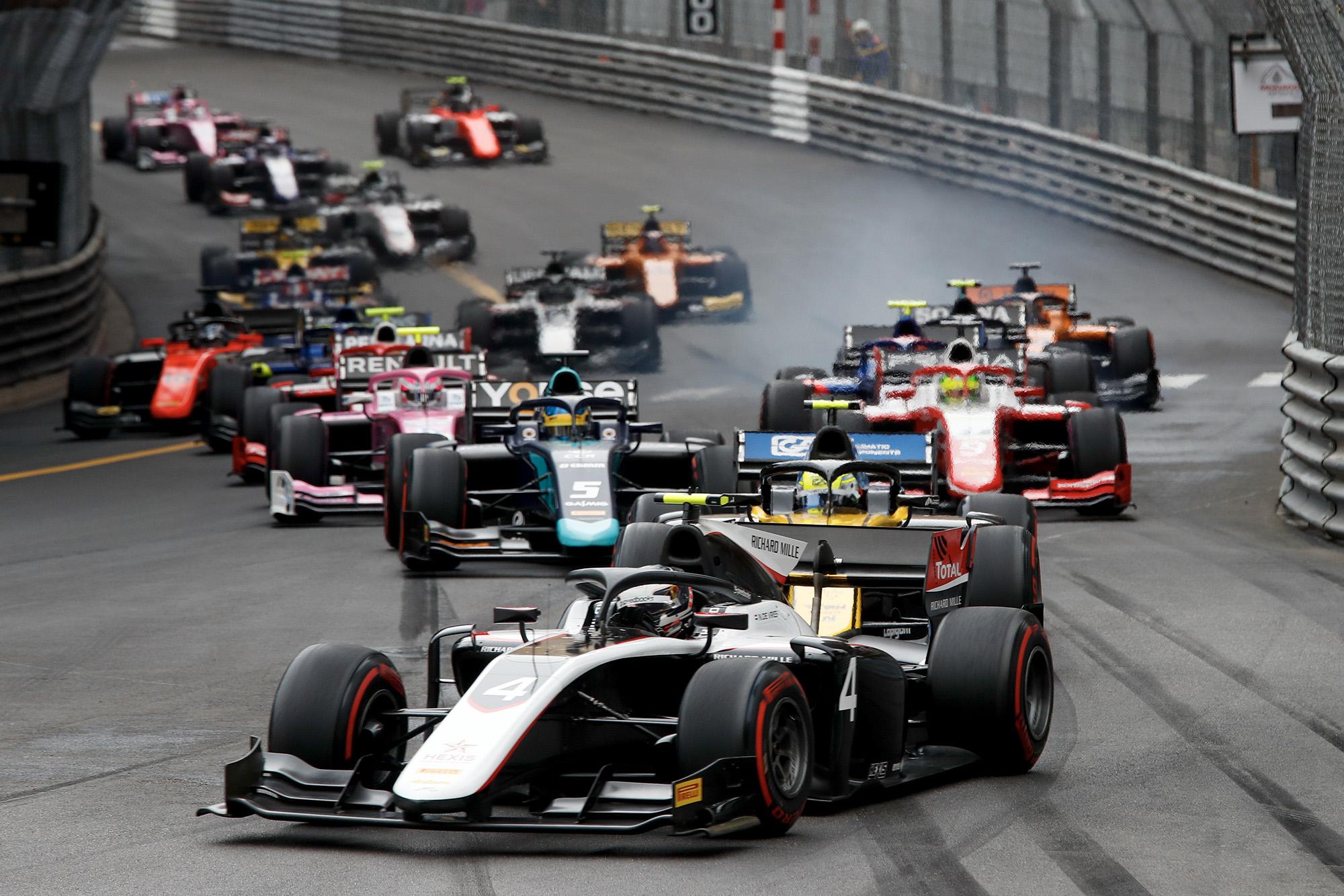 Start of the 2019 Formula 2 Monaco race