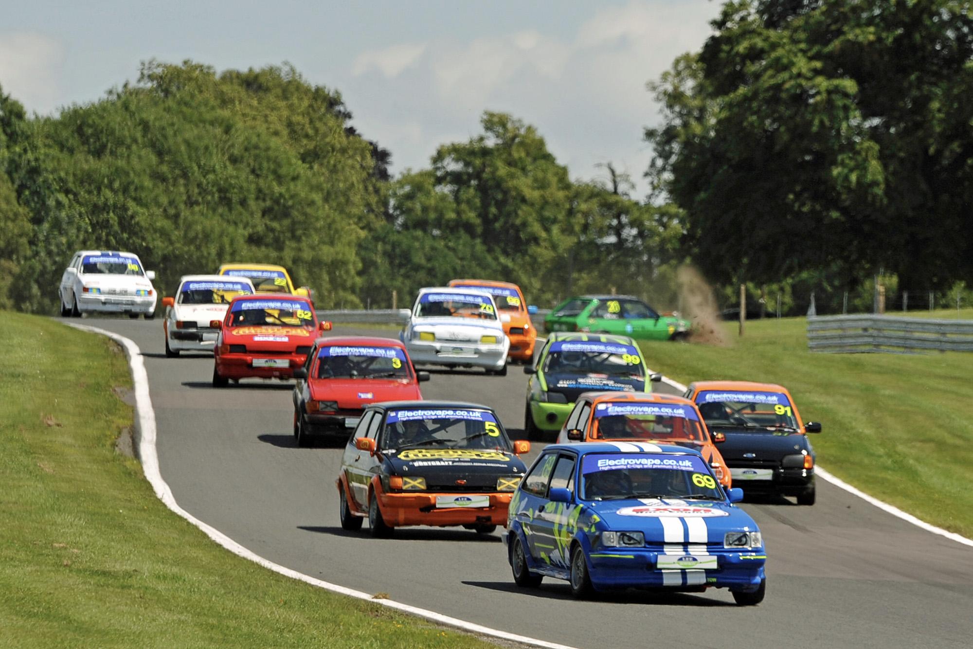 Ford Fiesta XR2 race start
