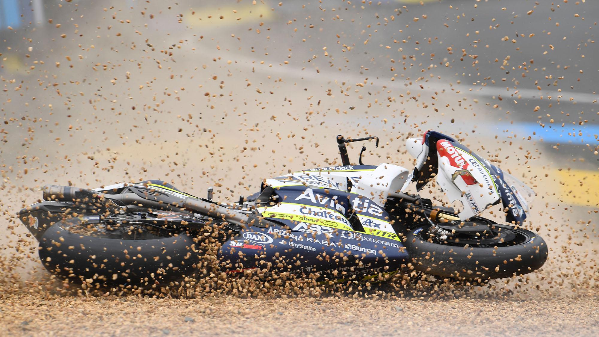 2019 first lap MotoGP crash at Le Mans Turn Three