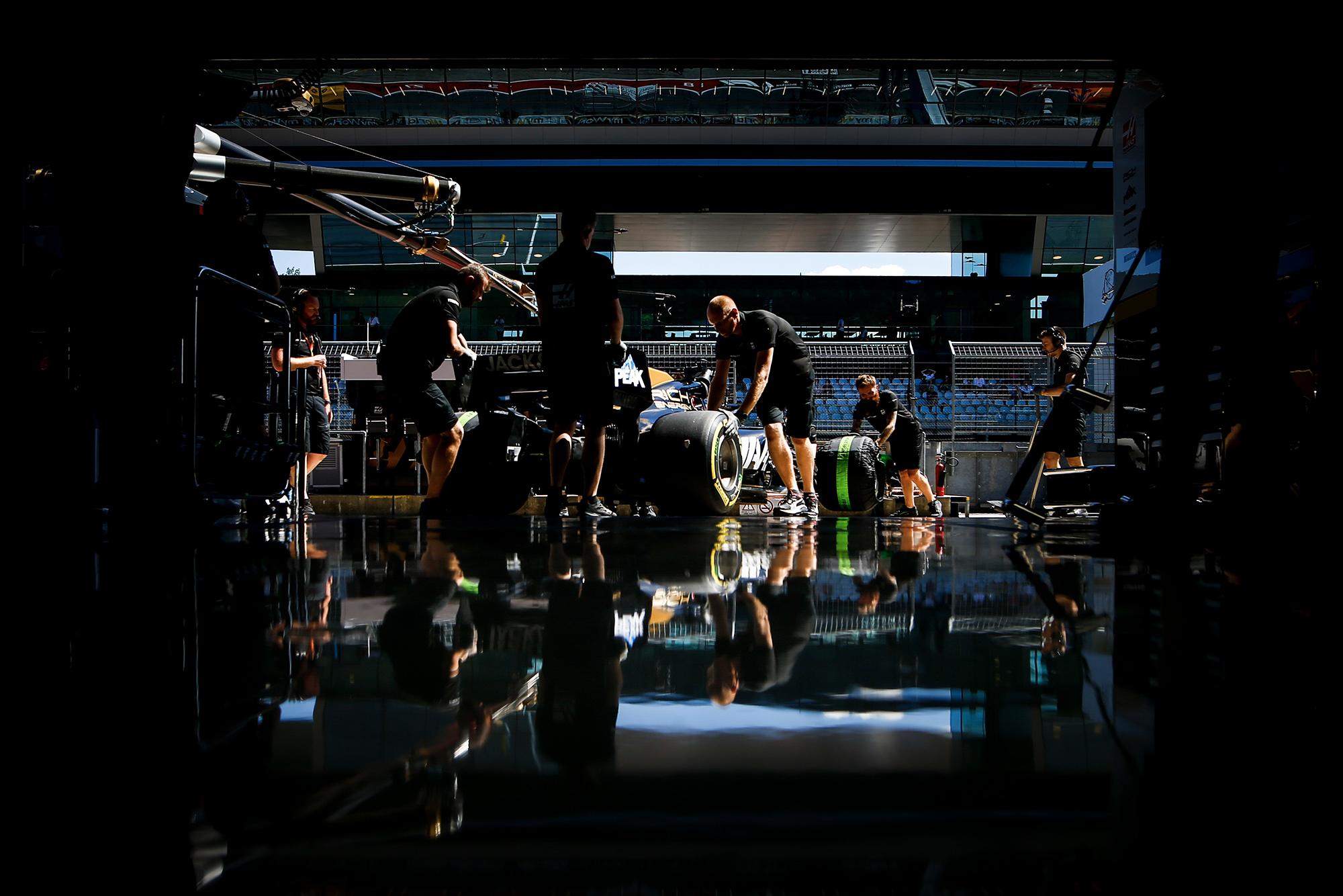 2019 Haas F1 garage