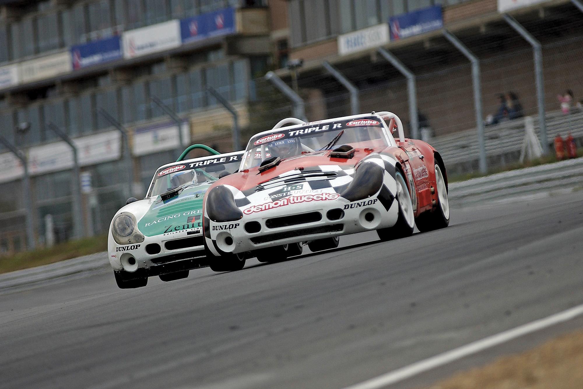 TVR Tuscans battle at Brands Hatch