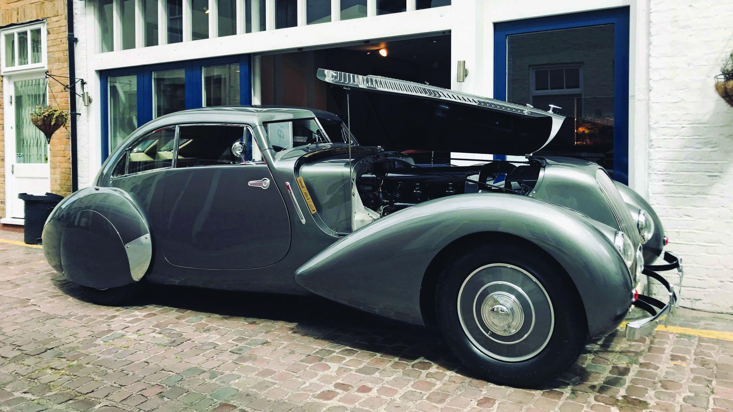 Bentley Embiricos Coupe open bonnet
