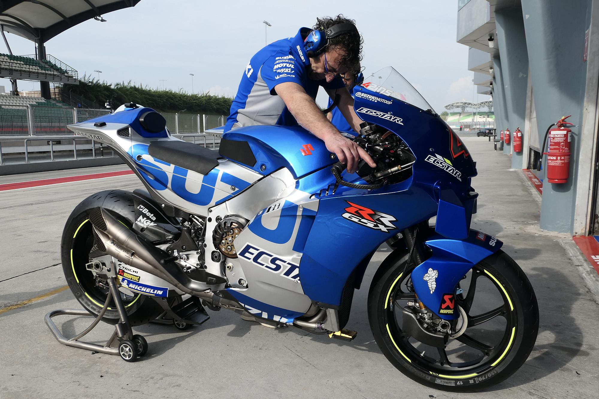 Side view of the Suzuki at 2020 MotoGP Sepang testing
