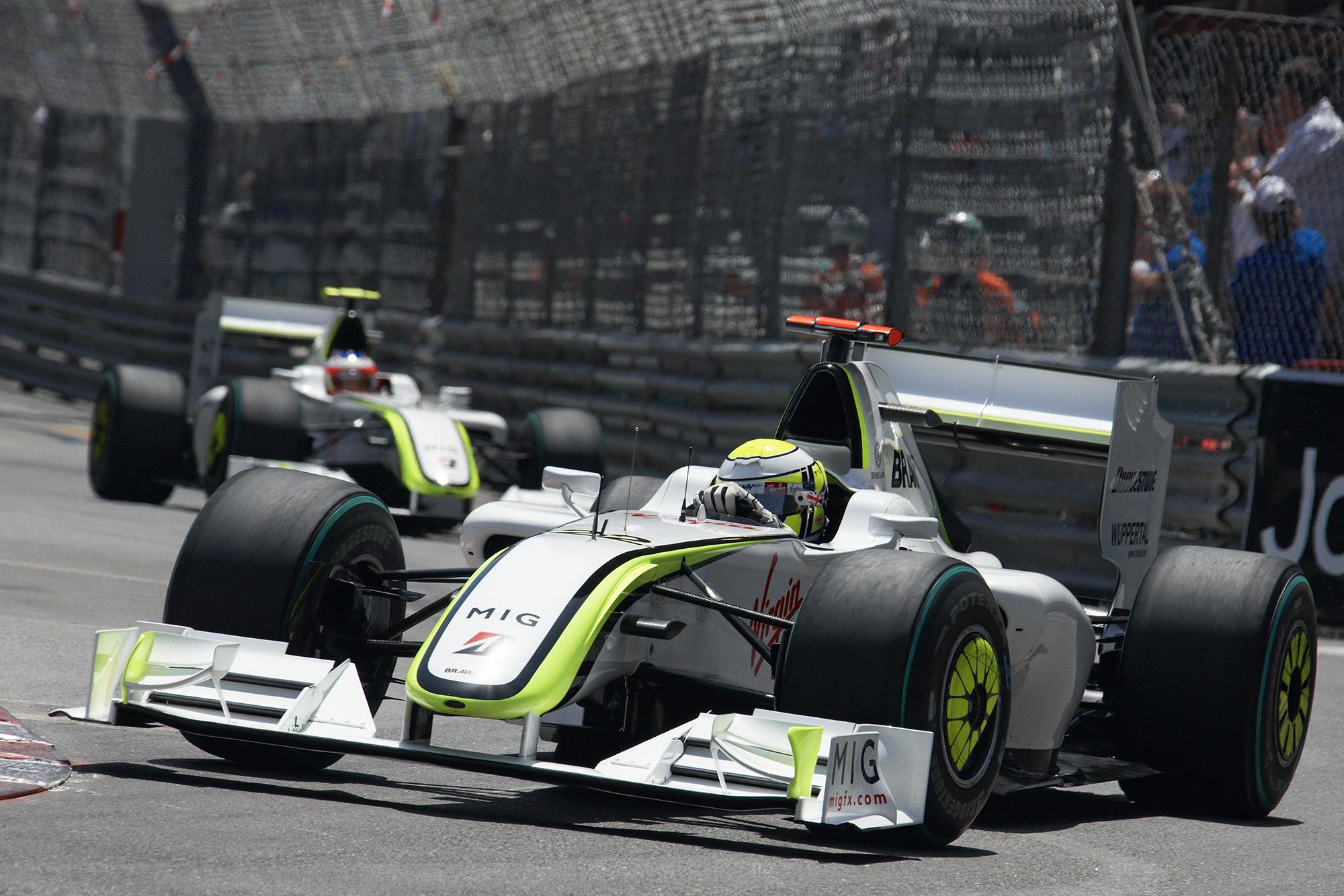 Jenson Button leads Rubens Barrichello for Brawn at the 2009 Monaco GP