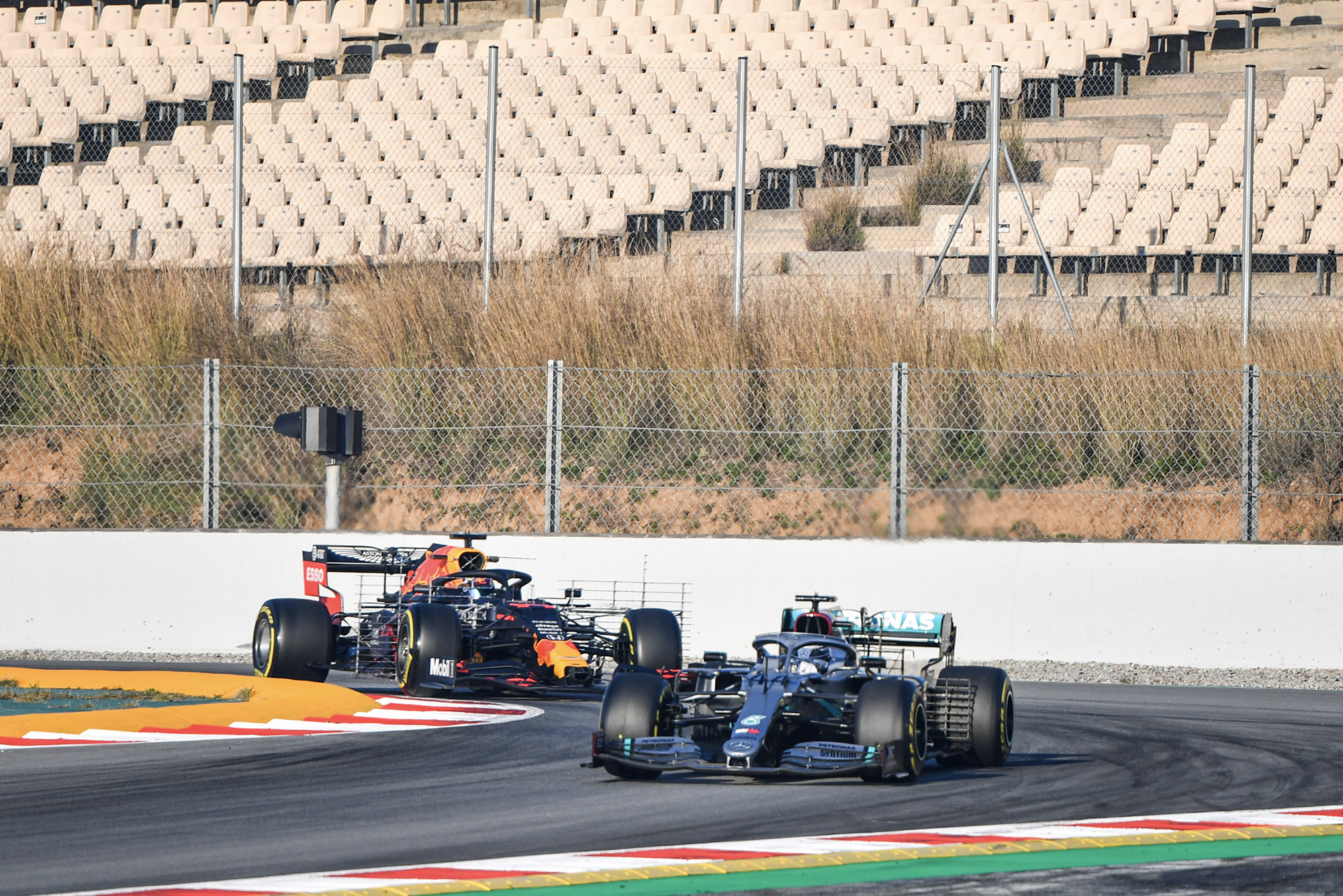 Red Bull follows Mercedes in 2020 f1 preseason testing