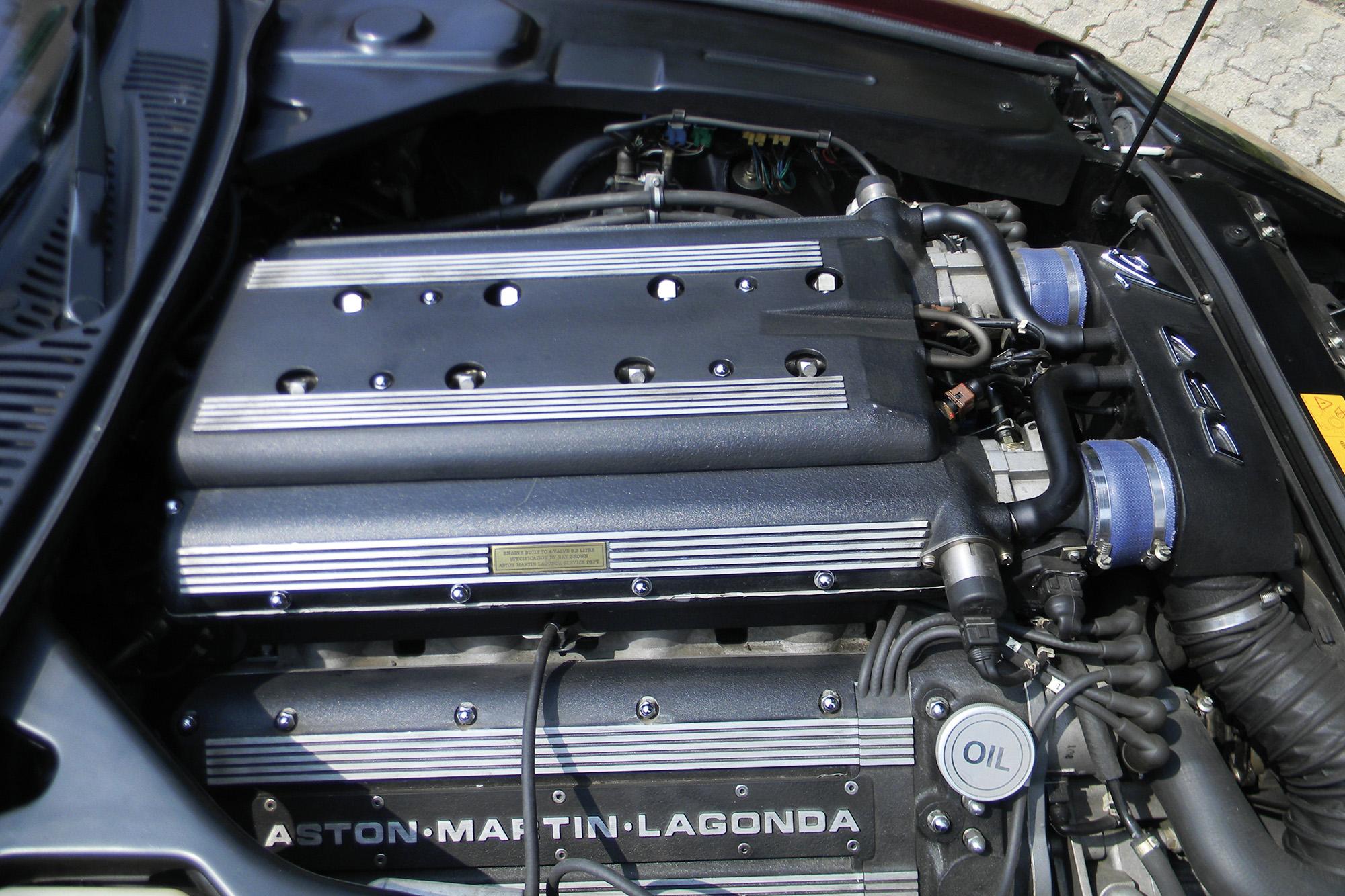 Aston Martin DB7 engine