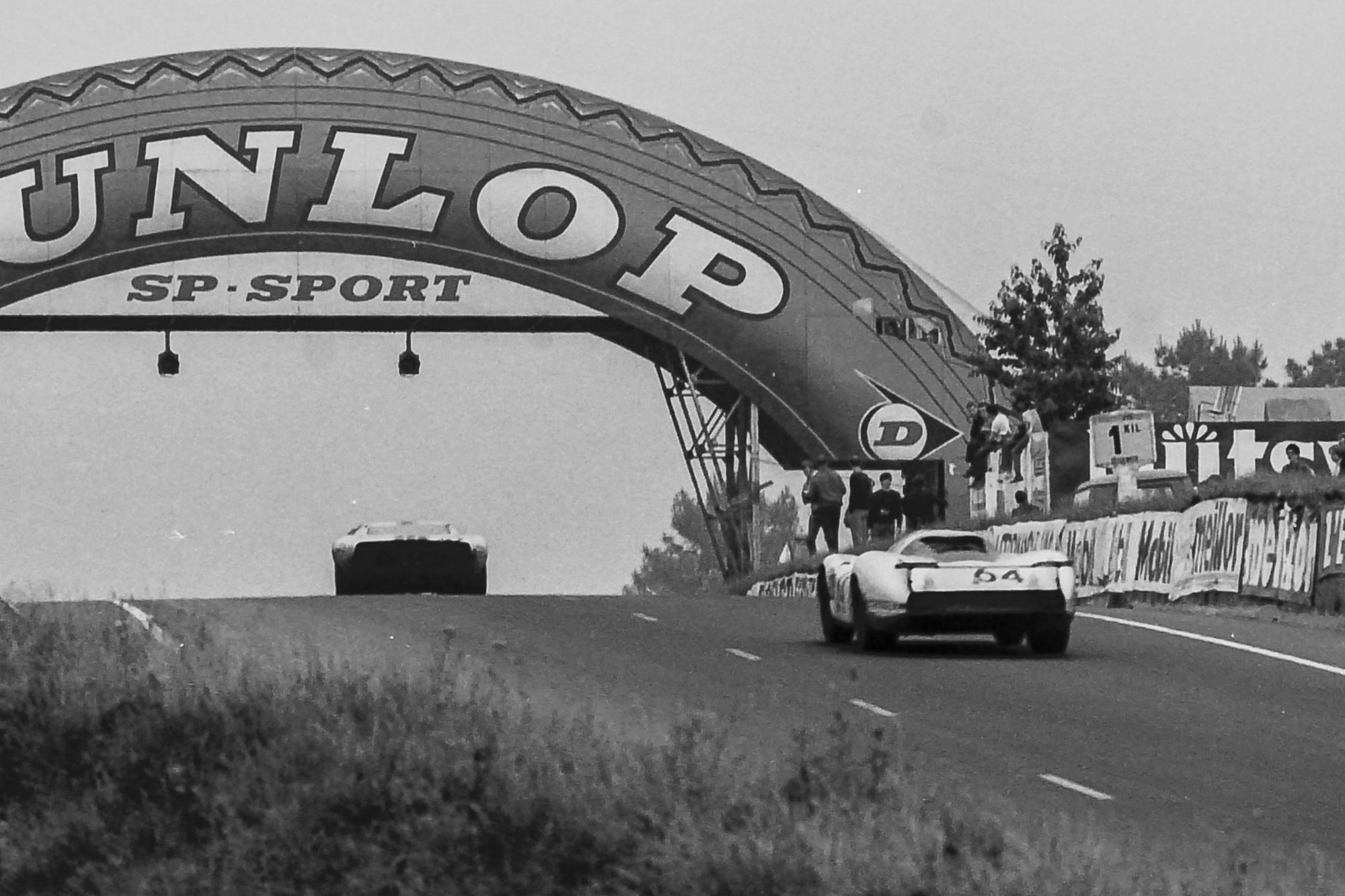 1969 Le Mans 24 Hours Dunlop Bridge