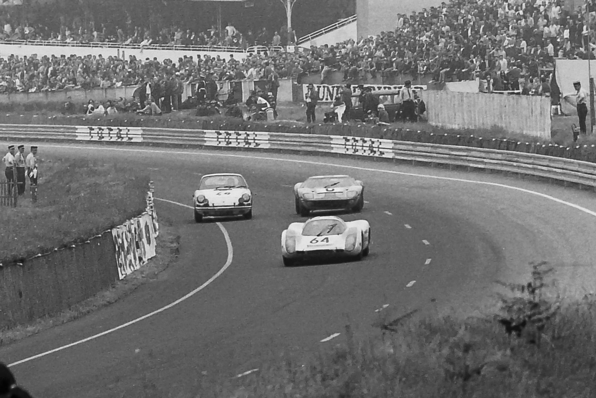 1969 Le Mans 24 Hours Porsche v Ford