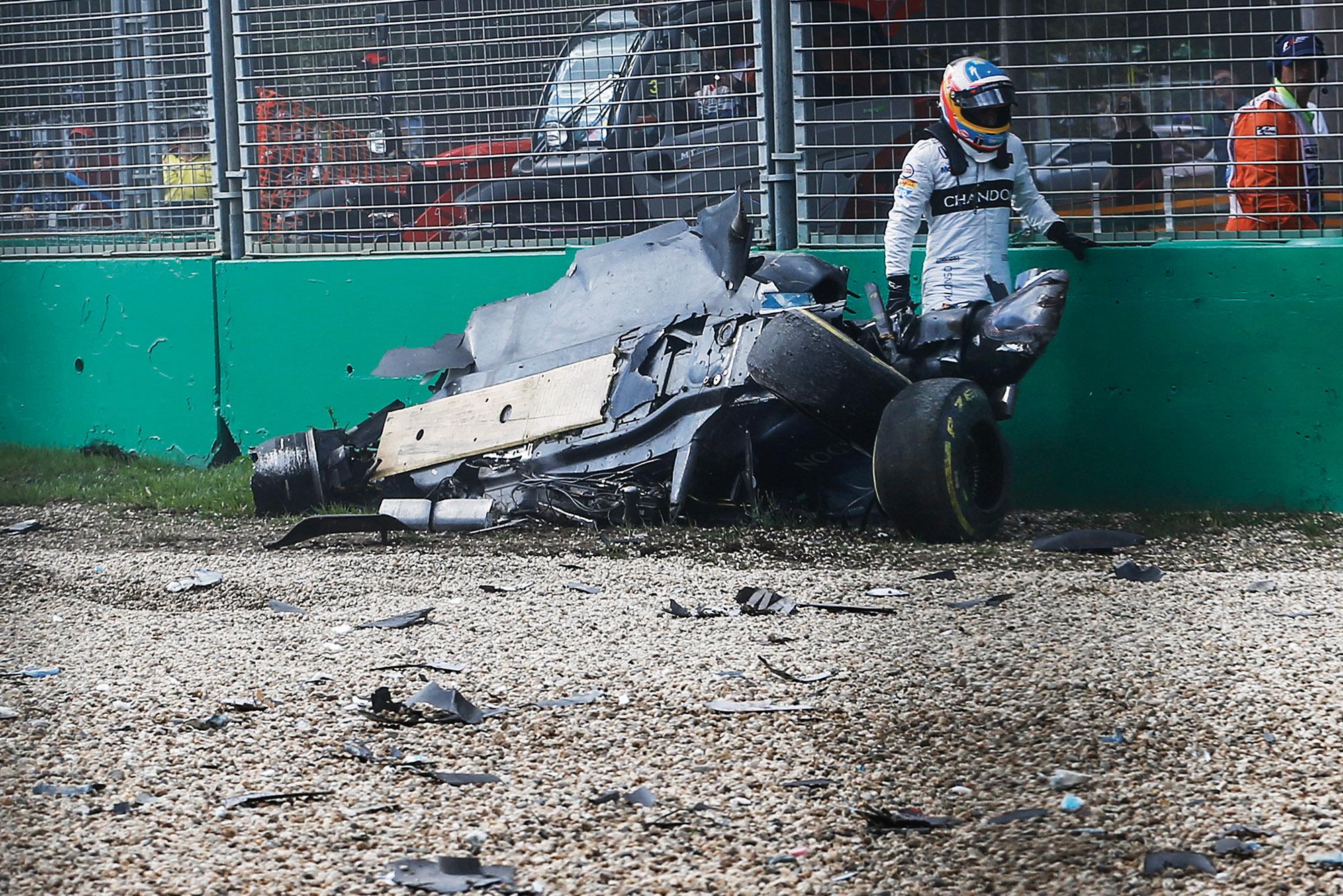 Fernando Alonso McLaren crash
