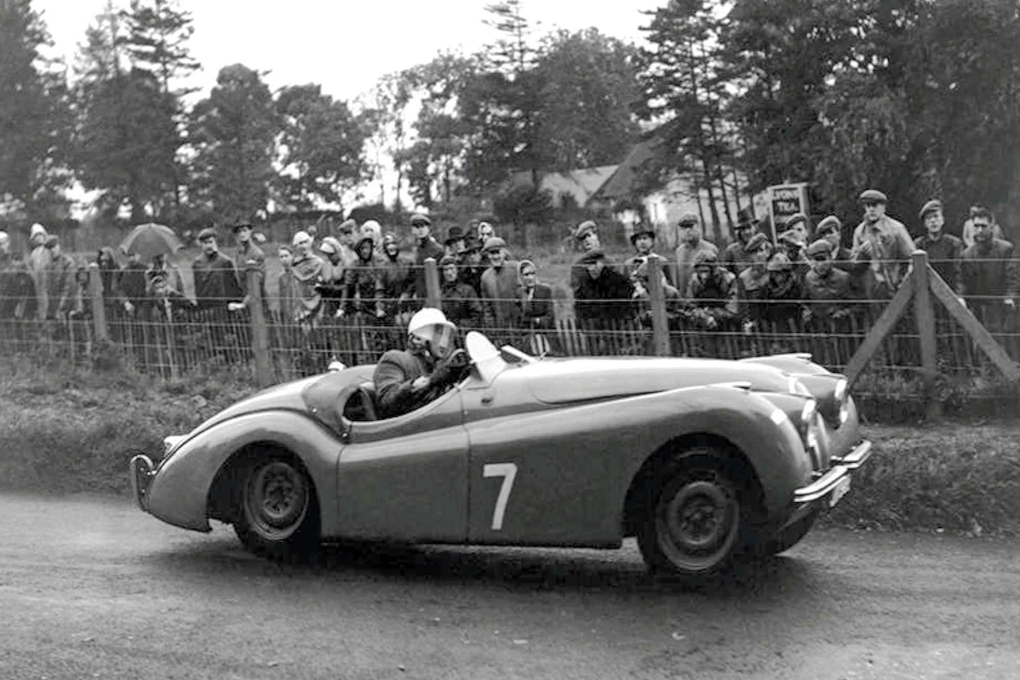 Stirling Moss on his way to victory in Dundrod in 1950