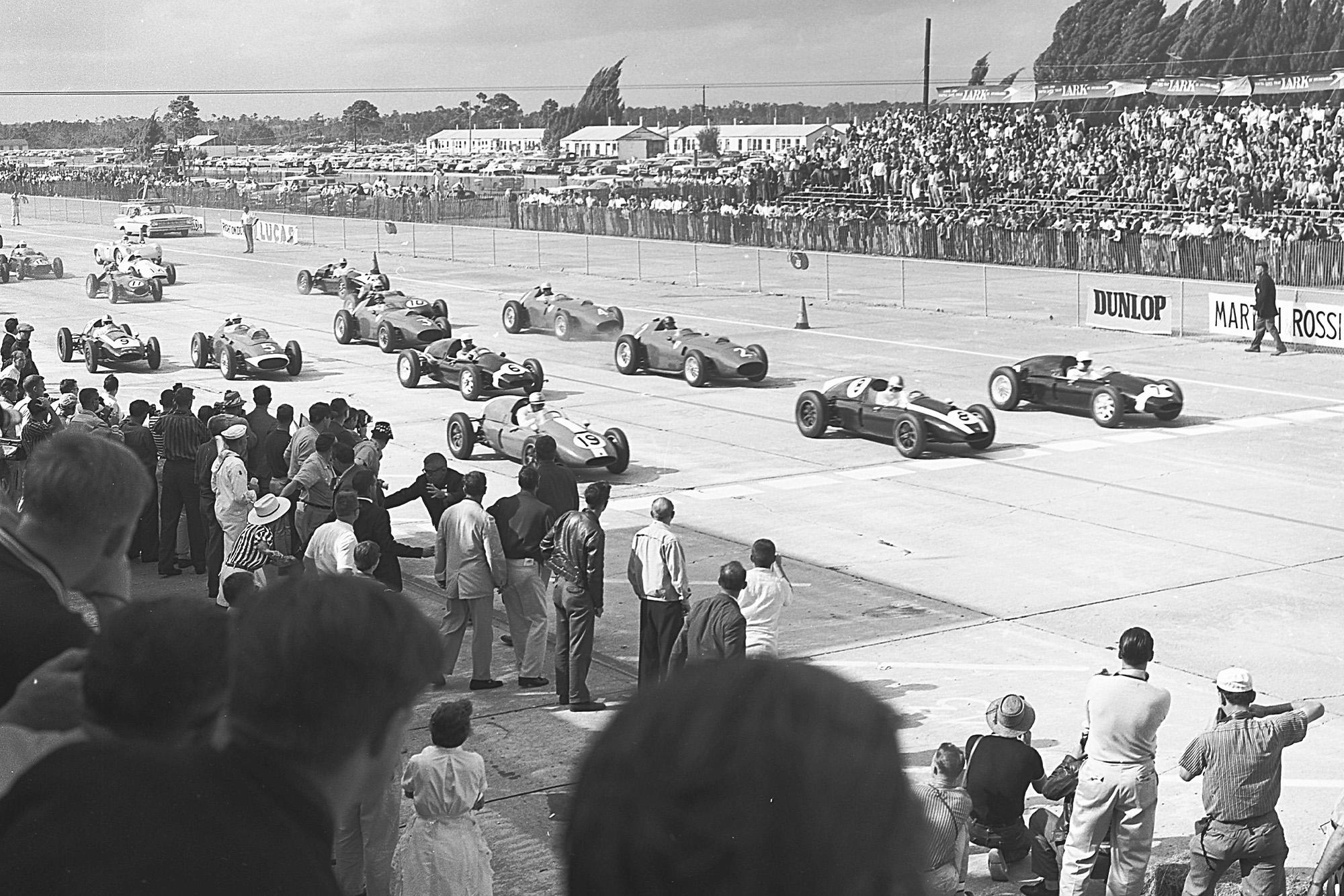 Start of the 1959 United States Grand Prix at Sebring