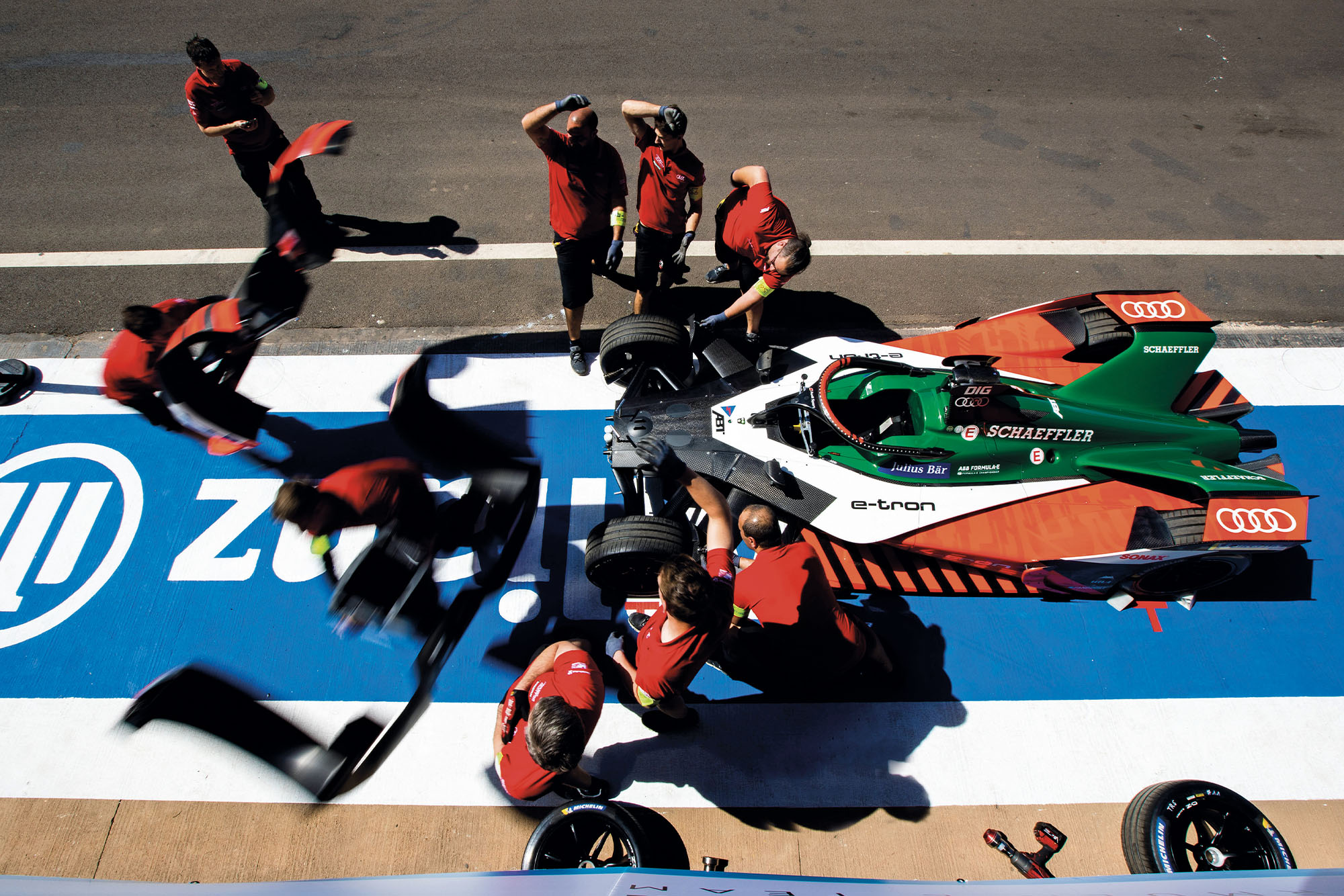 Audi Formula E team change the nose of the car