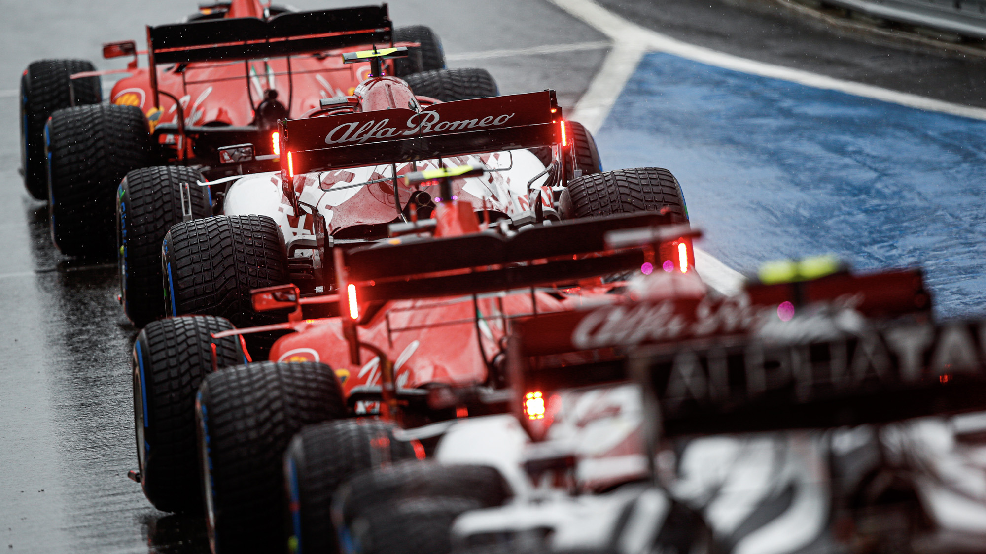Cars queue in the pitlane during qualifying for the 2020 F1 Styrian Grand Prix at the Red Bull Ring
