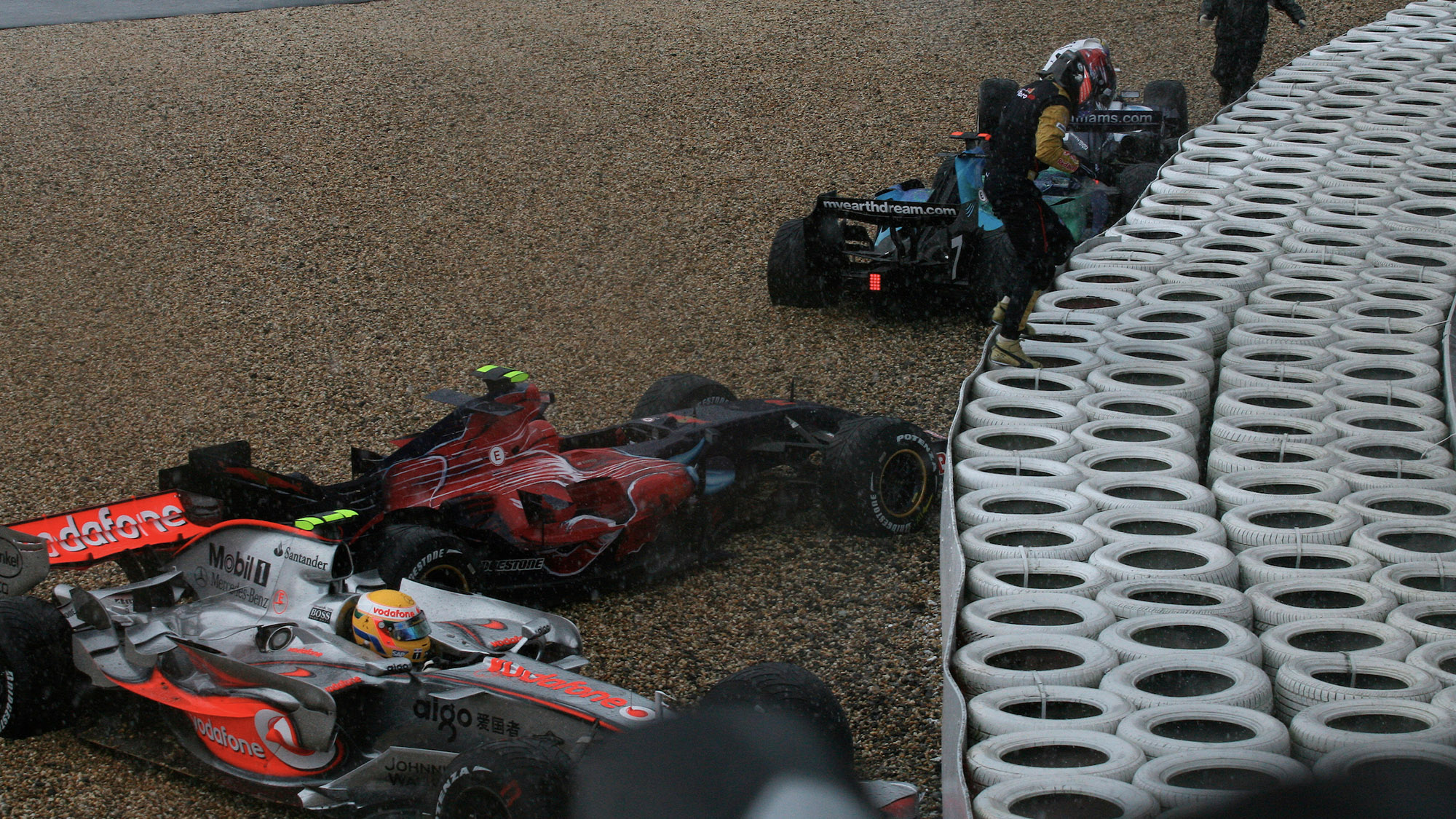 Lewis Hamilton and Scott Speed's cars among those crashed out of the 2007 European F1 Grand Prix at the Nurburgring