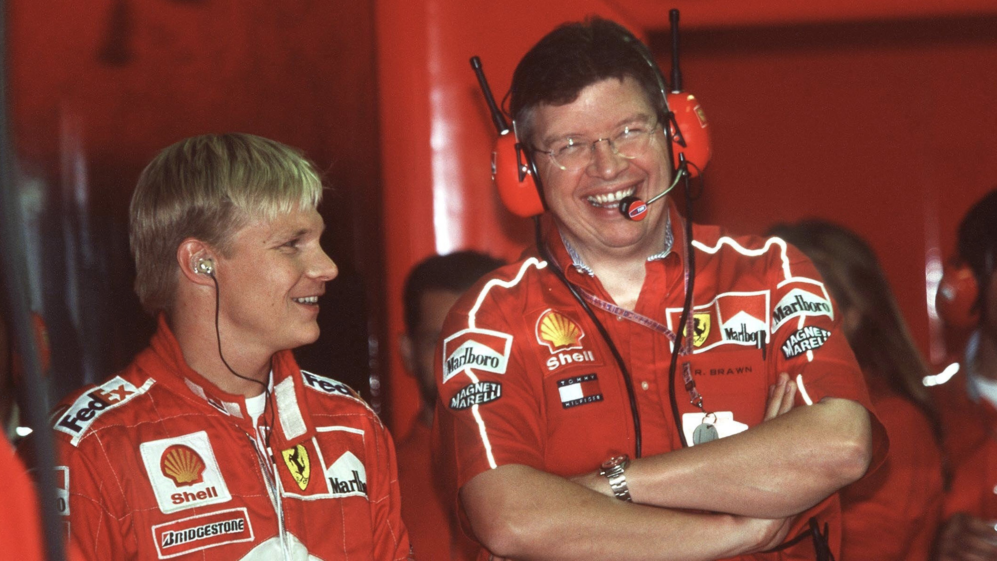 Mika Salo with Ross Brawn during the 1999 F1 season
