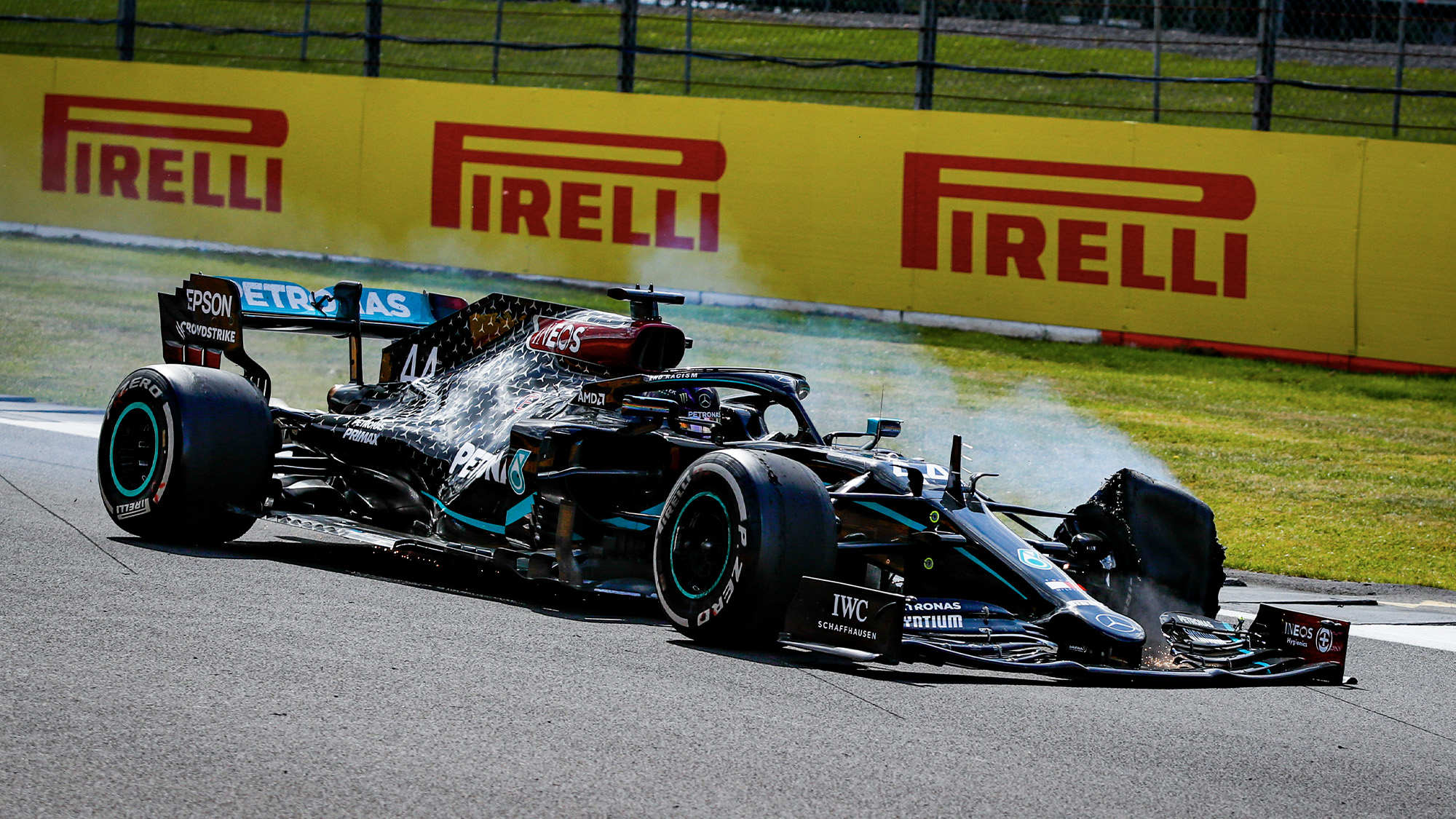 2020 British Grand Prix race report: Hamilton holds on after final lap blowout