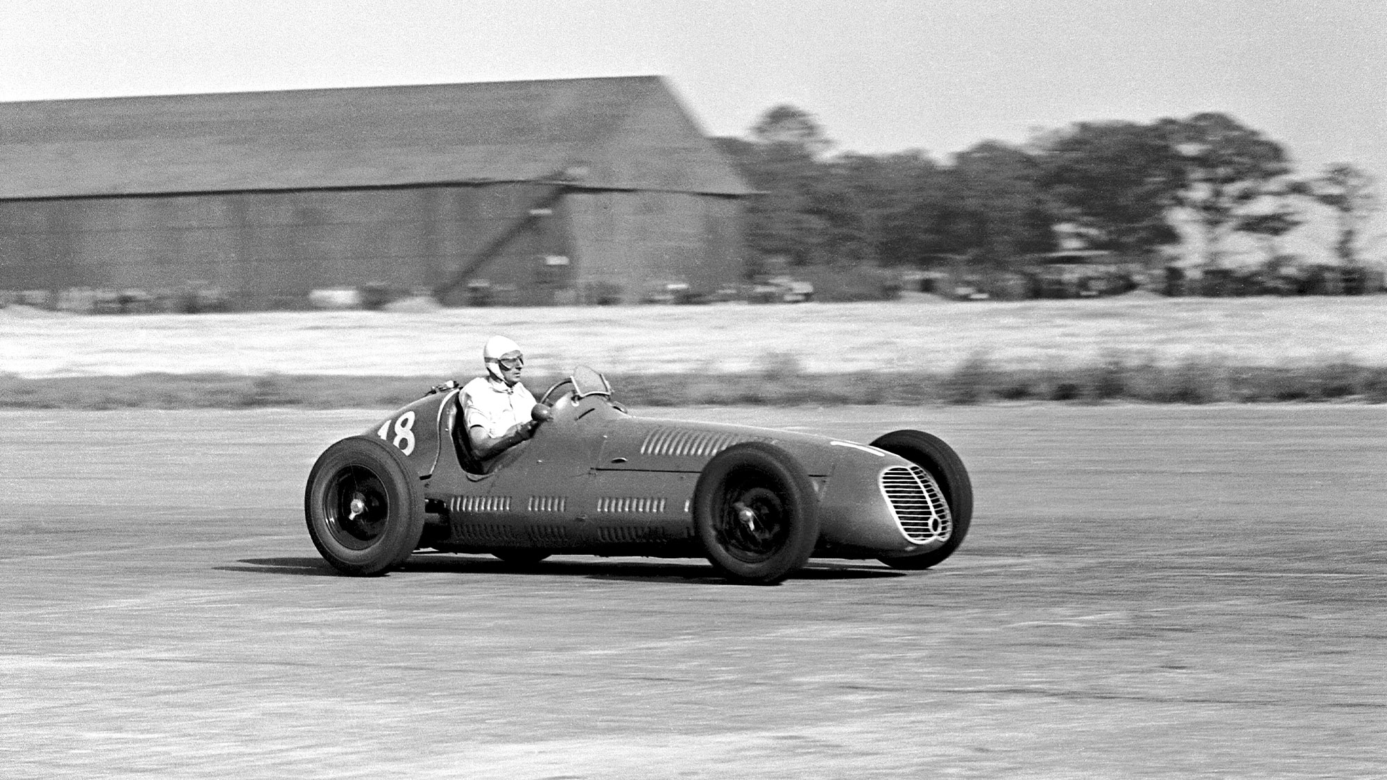 Luigi Villoresi on his way to victory in the 1948 British Grand Prix at Silverstone